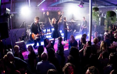 Nieuwsbericht: Te gekke bands voor bedrijfsfeesten en bruiloften