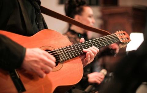 Nieuwsbericht: Muzikaal entertainment tijdens de donkere dagen